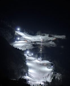 Nightskiing at Hocheck Mountain